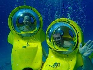 Underwater Sub, Bahamas