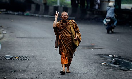 Thailand Monk Gives Peace Sign