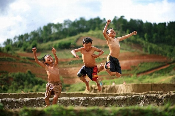 kids playing 1