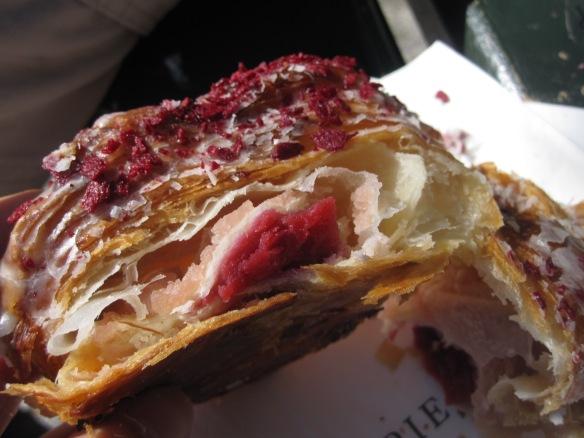 Croissant Ispahan